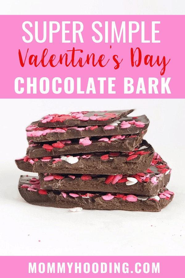 The EASIEST chocolate bark recipe. This is the perfect Valentine's Day dessert or candy recipe and makes for a great Valentine's Day gift! #valentinesday #valentinesdaygift